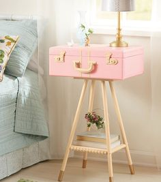 How To Make a Suitcase Side Table-this is soo nice ; not only is it cute but also functional!!