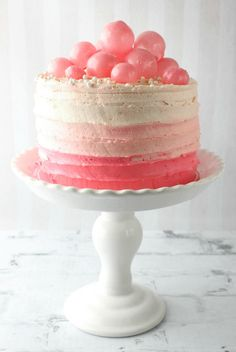 Pink champagne cake recipe and link to make the gelatin bubbles Pretty Cakes, Beautiful Cakes, Amazing Cakes, Food Cakes, Cupcake Cakes, Cupcakes, Pink Treats, Sweet Treats, Pink Champagne Cake