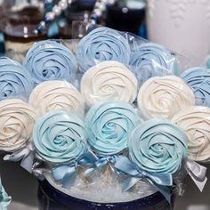 Rose Cookies, Meringue Cookies, Cupcake Cookies, Homemade Lollipops, Homemade Marshmallows, Elegant Cake Pops, Elegant Cakes, Pop Baby Showers, Baby Girl Shower Themes