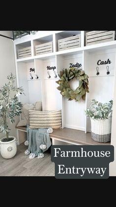 Flur Design, Design Design, Interior Design, Home Living Room, Home Projects, Home Remodeling, Diy Home Decor, Decorations For Home, Home Decor Shelves