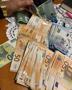 Apply For A Loan, How To Apply, Driver License Online, Driver's License, Make Money Online, How To Make Money, Money Spells That Work, Whatsapp Text, Notes Online