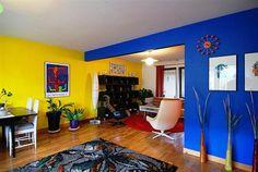 parede azul e amarela