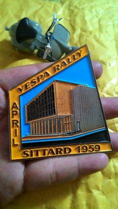 Vespa club rally badge sittard 1959. Size. 6.5 t0 6 cm