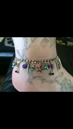 Happy customer with her anklet