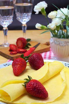 Just My Delicious: Naleśniki z Kaszy Manny bez Mąki Just Me, Cantaloupe, Pineapple, Strawberry, Fruit, Breakfast, Pierogi, Foods, Breakfast Cafe
