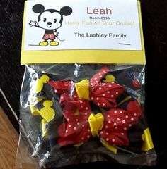 For the little girls in our Disney Cruise Fish Extender group we made Mickey themed hair bows. Learn more at www.TheDisneyKids.com. ©TheDisneyKids