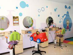 Melissa Rodríguez - islas mowin - Buckles kids hair salon