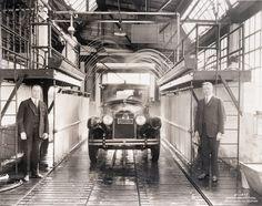 "Chicago's first ""hands-free"" carwash, 1925, Chicago."
