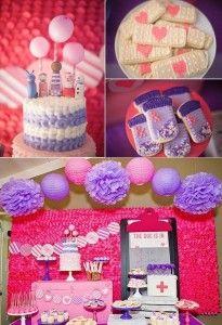 Ideas para fiesta doctora juguetesDoc McStuffins Party www.ComoOrganizarLaCasa.com mesa de postres fiesta doctora juguetes Pastes de cumpleaños de Doctora juguetes #piñata #DoctoraJuguetes