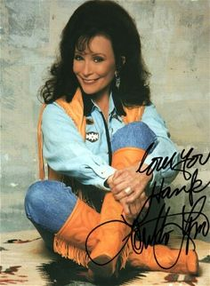 """Country music singer-songwriter, she was one of the leading country vocalists and songwriters during the and The movie """"Coal Miners Daughter"""" is based on her life story. Born in Butcher Hollow, Kentucky. Country Musicians, Country Music Artists, Country Singers, Loretta Lynn, Country Music Stars, Country Women, Country Girls, Vintage Country, Singer Songwriter"""