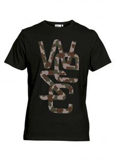 Pour léger look commando.  #PourHomme #PwearShop #VetementsHomme #ModeHomme #Tshirt  http://p-wearcompany.com/p-wearshop/