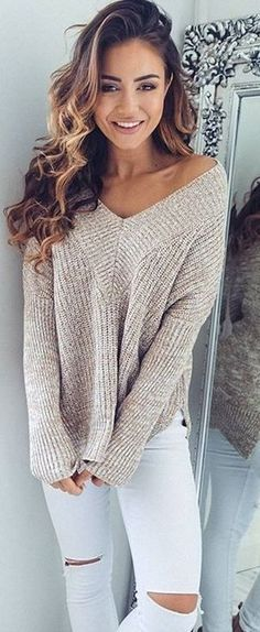 Cool 50+ Best Fall Outfit For Women https://fashiotopia.com/2017/06/14/50-best-fall-outfit-women/ Accessorize with good jewelry to boost the dress that you select. Empire waist dresses work nicely for women that are petite. Skirts have always been part of casual styles for ladies, although in various patterns and colours.