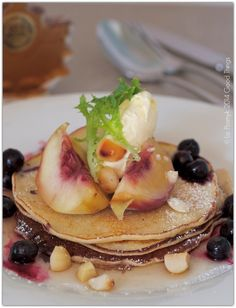 Peach and blueberry hotcakes with macadamias, mascarpone and maple syrup http://www.bizzylizzysgoodthings.com/2/post/2014/02/peach-and-blueberry-hotcakes-with-macadamias-mascarpone-and-maple-syrup.html
