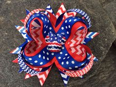 Minnie Patriotic Chevron Boutique Resin Hairbow on Etsy, $7.99