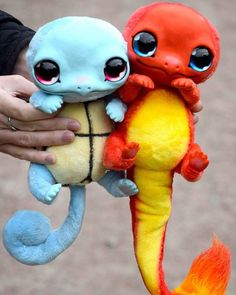 Look at these amazing custom made starter Pokemon Squirtle and Charmander dolls! Cute Fantasy Creatures, Cute Creatures, Magical Creatures, Disney Drawings, Cute Drawings, Drawing Disney, Disney Gifs, Disney Videos, Cute Funny Animals