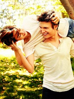 Shailene Woodley and Ansel Elgort for Entertainment Weekly SUCH CUITES !!