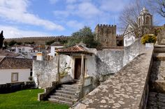 Óbidos - Portugal https://lillyslifestyle.wordpress.com/2015/02/18/pillole-di-portogallo-obidos/