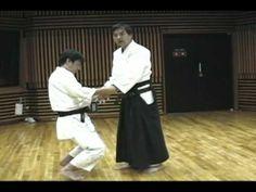 """合気上げの種明かし 1/2 Revealing the trick of """"Aiki-age 1 - YouTube"""