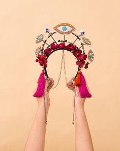 Psychedelic Makeup, Diy Carnaval, Mardi Gras Costumes, Fantasy Dress, Fascinator Hats, Bridal Tiara, Rave Wear, Floral Crown, Doll Clothes Patterns