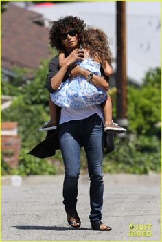 Halle Berry in Agave and new hair?