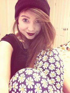 Zoe Sugg (youtuber) ;)