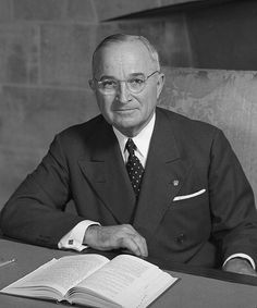 Harry Truman was left handed