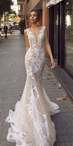 Wedding Dresses Lace Short wedding gowns fall 2019 match and flare deep v neckline floral appliques lace blush tina valerdi.Wedding Dresses Lace Short wedding gowns fall 2019 match and flare deep v neckline floral appliques lace blush tina valerdi Wedding Dress Trends, Black Wedding Dresses, Princess Wedding Dresses, Bridal Dresses, Wedding Gowns, Lace Wedding, Mermaid Wedding, Floral Wedding, Sparkle Wedding