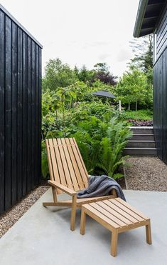 Whatever They Told You About Backyard Landscaping Design Ideas Is Dead Wrong.And Here's Why A patio roof can be created from broad range of material. Living Spaces Furniture, Resin Patio Furniture, Diy Garden Furniture, Best Outdoor Furniture, Rustic Furniture, Antique Furniture, Bedroom Furniture, Outdoor Spaces, Outdoor Living