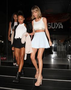 Taylor Swift Summer crop top street style inspiration: Mix and match neutrals stood out against Taylor's golden tan.