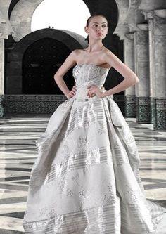 #Newcollection #collection2015 #CMcreazioni #MadeinItaly #bride #bridal #sposa #wedding #weddress #weddingdress #weddingfashion #white #whitedress #abitisposa #abitosposa #abitidasposa #abitodasposa #marriage #matrimonio #instabride #instawedding #style #fashion #fashionwedding #Italy #ElisabethB