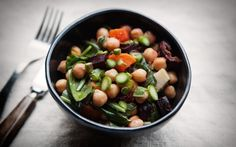How To Make A Satisfying Lunch Without A Recipe - mindbodygreen.com