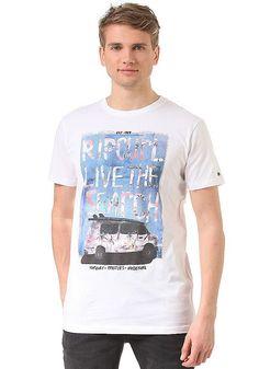 Mit Brash Surf Car Shirt von RIP CURL hast Du das perfekte Shirt für den Strand oder um nur an der Beachbar abzuhängen. Ein lässiges und stylisches Shirt, welches in Deiner Garderobe einfach nicht fehlen darf! Features: Slim Fit, Rundhalsausschnitt, Gerippter Kragen, Frontprint, Logopatch, Melierte Optik, Bequemes Material, HerstellerFarbe: optical white,  Material: 85% Baumwolle, 15% Viskose...