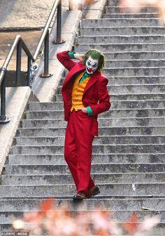 halloween costumes for men Joker Arthur Fleck Cosplay Costume Fancy Carnival Halloween Costumes Batman Cosplay Joker Costume Red Suit, Halloween Joker Costumes for Men - Le Joker Batman, Der Joker, Joker And Harley Quinn, Joaquin Phoenix, Joker Photos, Joker Images, Joker Hd Wallpaper, Joker Wallpapers, Couple Wallpaper
