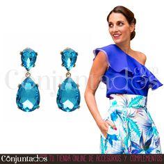 Pendientes Sophie ★ 13'95 € en https://www.conjuntados.com/es/pendientes-sophie-con-lagrima-de-cristal-azul.html ★ #novedades #pendientes #earrings #conjuntados #conjuntada #joyitas #lowcost #jewelry #bisutería #bijoux #accesorios #complementos #moda #eventos #bodas #invitadaperfecta #perfectguest #party #fashion #fashionadicct #fashionblogger #blogger #picoftheday #outfit #estilo #style #GustosParaTodas #ParaTodosLosGustos