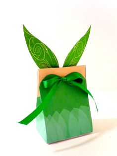 Gift bag idea for Peter Pan/Tinkerbell themed party
