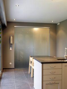 foto's voorbeelden inspiratie voor Binnendeuren - Nordex nv Vanity, Doors, Bathroom, Interior, Dressing Tables, Washroom, Powder Room, Indoor, Vanity Set