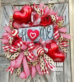 Valentine Wreath, Valentine Decor, Valentine Door, Welcome SignHOME ❤️''Tis the season for LOVE~ we're talking Valentines honey! Greet the s… - Decoration For Home Valentine Day Wreaths, Valentines Day Decorations, Valentine Day Crafts, Holiday Wreaths, Holiday Decor, Valentine Ideas, Printable Valentine, Homemade Valentines, Valentine Box