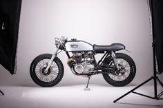 Inglorious Motorcycles CB400 15.jpg