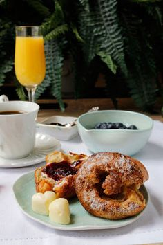 Delicious Cinnamon Popovers will transform your dining room into the hottest brunch spot around. Via @myinvisiblecrwn. http://thestir.cafemom.com/food_party/185025/8_extraspecial_homemade_mothers_day