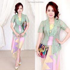 A smile is the prettiest thing you can wear✨ Kebaya Lace, Batik Kebaya, Kebaya Dress, Batik Dress, Lace Dress, Kebaya Brokat, Batik Fashion, Ethnic Fashion, Modern Kebaya