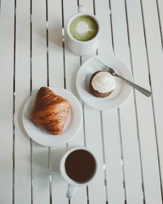 Breakfast is the most important meal of the day! So why not incorporate Matcha, too? #matcha #health #breakfast