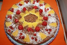 Tort DOI  Blat vegan din mei si crema raw din prune, migdale, cocos, chia si miere