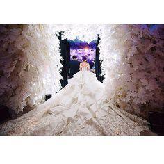 Repost from @nessyaarfiana  thanks Ness for trusting us... #meltatan #brides #wedding #weddingdress #ballgown #long #tail #organza #embroidery #silverish #dentelle #3D #lace #silk  Photo by: @carolkuntjoro  Make up : @andychunmakeup Wedding organizer: @majestichocuspocus