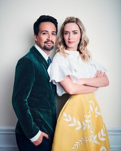 Only Divergent fans will understand. Mary Poppins, Hamilton Costume, Hamilton Lin Manuel Miranda, Veronica Roth, Dear Future Husband, Emily Blunt, Celebs, Celebrities, Musical Theatre