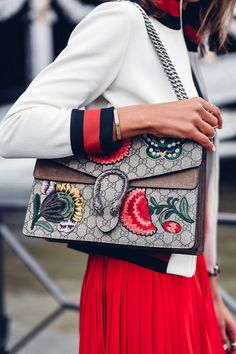 Gucci Dionysus bag / street style fashion #desginerbag #luxury #gucci #guccibag #streetstyle #fashion / Instagram: @fromluxewithlove