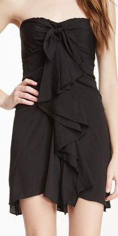 Short Strapless Evening Dress ~ LOVE the knotted top!