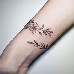 Cool Long Coffin Tattoo Arts - Page 81 of 101 - newtrendstyle Wrap Around Wrist Tattoos, Wrap Around Tattoo, Wrap Tattoo, Flower Wrist Tattoos, Wrist Bracelet Tattoo, Cuff Tattoo, Piercing Tattoo, Arm Band Tattoo, Tattoo Art