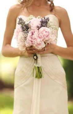 peonies with lavendar...LOVE!! So in love with thisssss. Bridesmaids bouquet