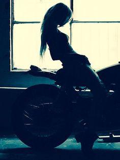caferacergirls: motorcycles-and-more: Biker...  caferacergirls:  motorcycles-and-more:  Biker girl  http://ift.tt/1RNzUtQ