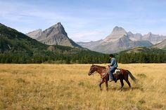 NorthwestMontana.com We will guide you through what to do and where to stay in Northwest Montana. As well as give you information on Northwe...